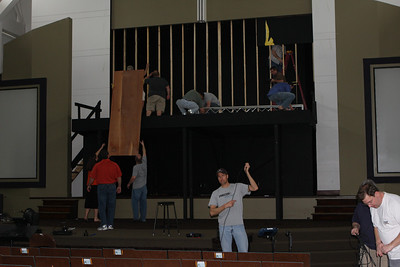 2008-04-20 - Stage Construction Volunteers