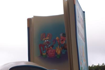 Disneyland Alice in Wonderland