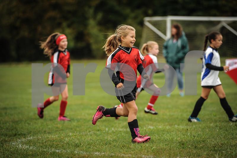 9-08-18 Eva Nygaard's u-8 soccer game vs LB-23.jpg