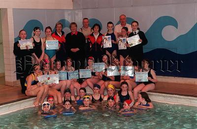 01W13S6 4_c Swimmers