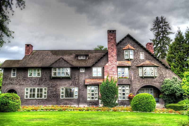 conrad mansion 2.jpg