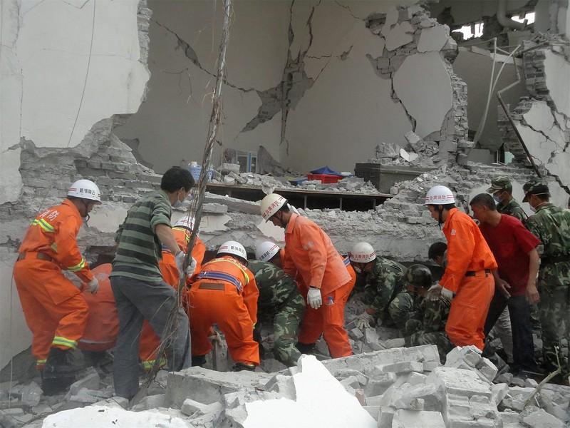 JapanEarthquake2011-2.jpg
