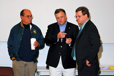 South Suburban Political Forum Draws Crowd on May 9