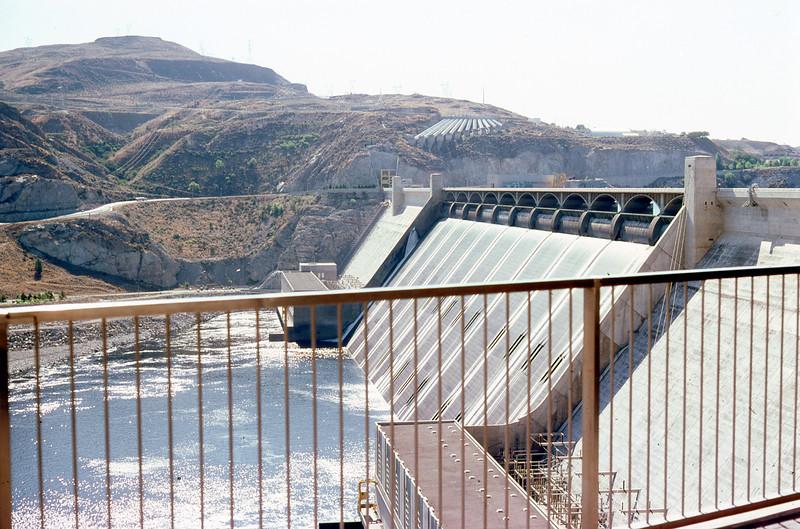 1985-07-15 28 Grand Coulee Dam WA 433_edited-1.jpg