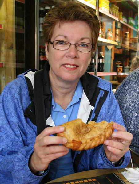 A pasty!  A handy pastry filled typically with onions and steak.  We had these several times - Hmmmmmm.