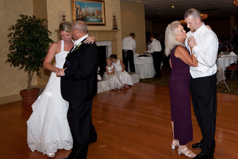 Shirley Wedding 20100821-15-54 _MG_0079.jpg