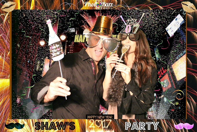 Shaws NYDay Party (79).jpg