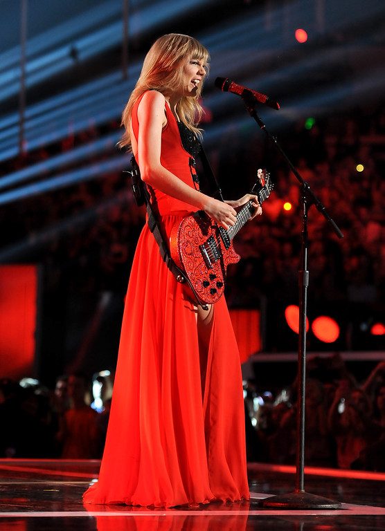 . Taylor Swift performs at the 2013 CMT Music Awards at Bridgestone Arena on Wednesday, June 5, 2013, in Nashville, Tenn. (Photo by Frank Micelotta/Invision/AP)