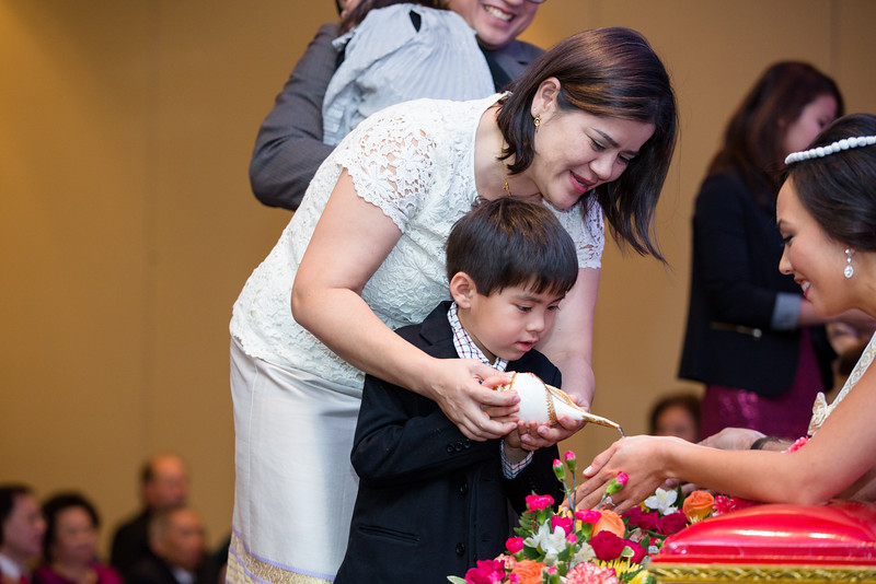 Le Cape Weddings - Drew and Lynna Rosemont Convention Schaumburg_-284.jpg