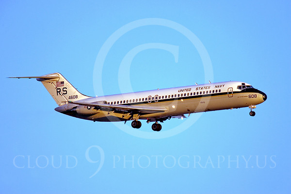 US Navy McDonnell Douglas C-9 Skytrain II Military Airplane Pictures
