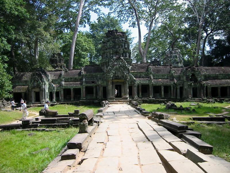 Burma 2003-39.jpg