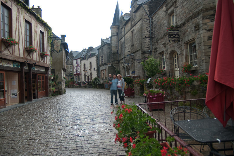 06.09.2010 -  Rochefort en-Terre, France-36.jpg