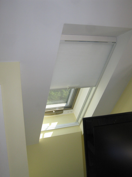 Simplicity Skylight Shade