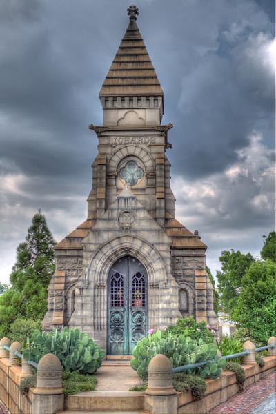Richards_Mausoleum.jpg