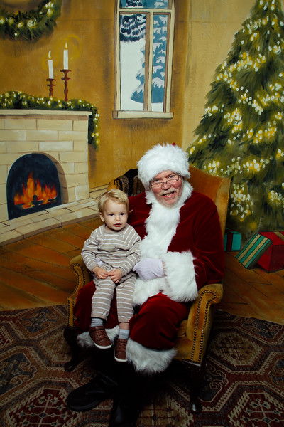 Pictures with Santa Earthbound 12.2.2017-103.jpg