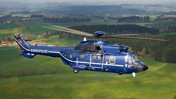 Bundespolizeit - Super Puma - air to air