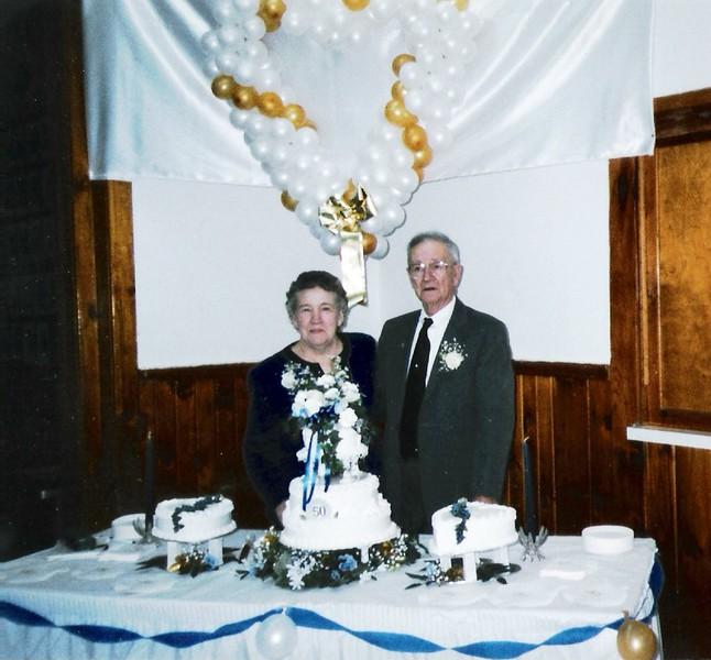 Kenneth & Norma Brockway (50th Ann) 1996.jpg