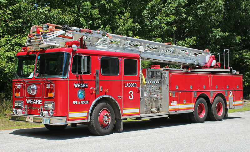 Ladder 3 1990 Seagrave 1500 / 300 100' RM