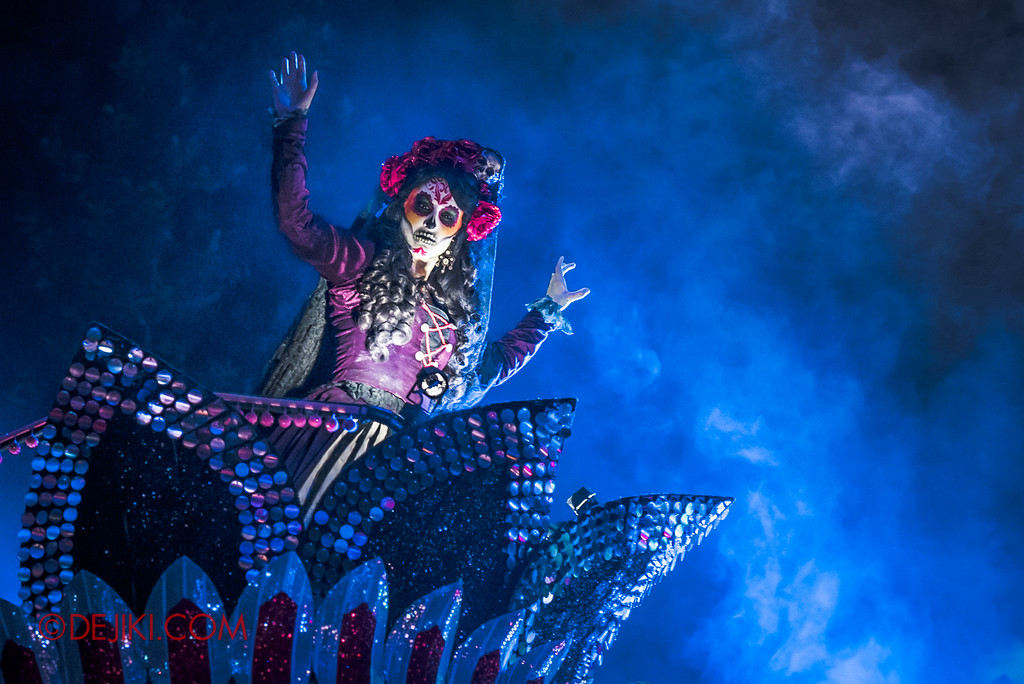 Halloween Horror Nights 6 Final Weekend - March of the Dead / Lady Death Blue Smoke