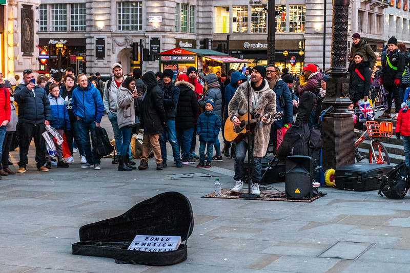 Romeo Music, Piccadilly Circus