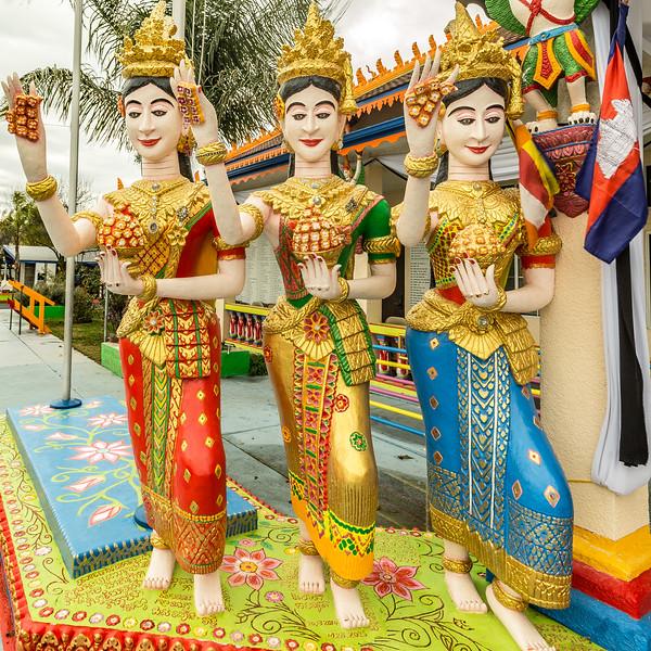 Stockton_Buddhist_Temple_02.jpg