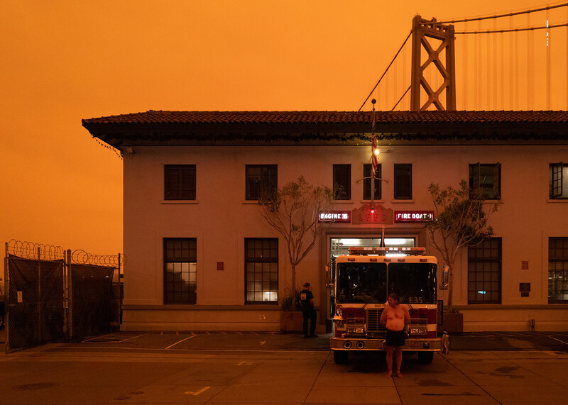 red sky fires 1462369-9-20.jpg