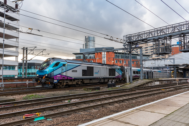 68022 & Nova 3 set, Leeds