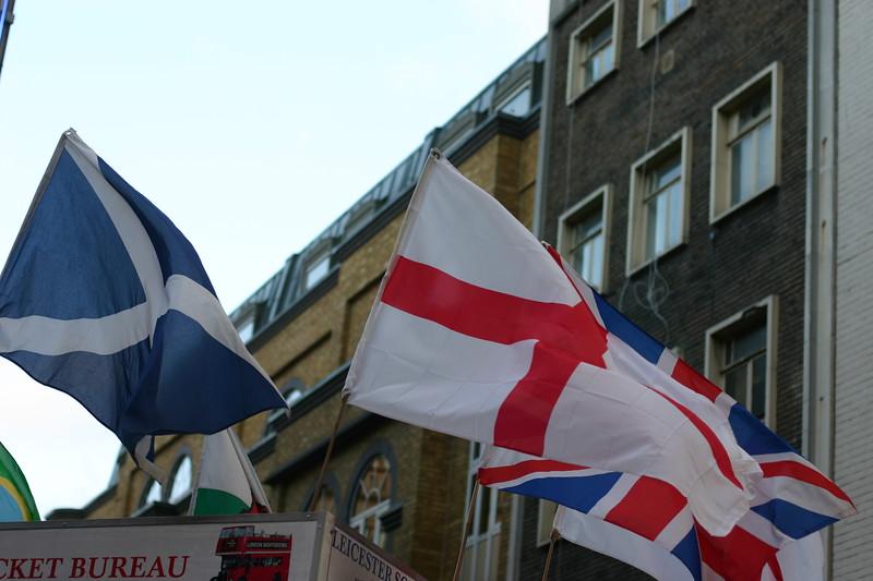 flags_2125591054_o.jpg