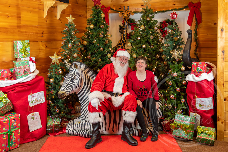 2019-12-01 Santa at the Zoo-7526.jpg