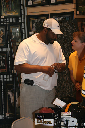 Jerome Bettis Signing - June 2011