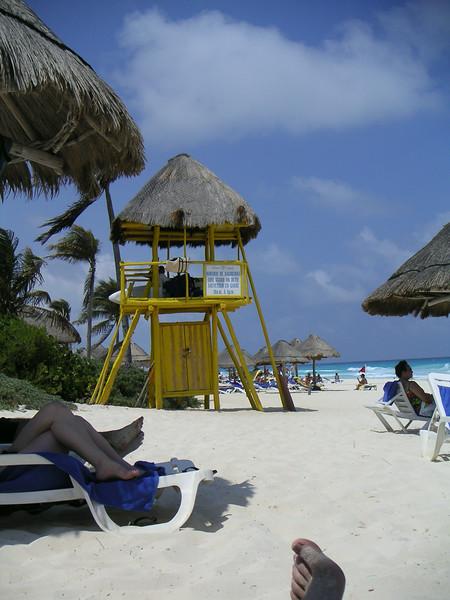 11 Lifeguard Hut.jpg