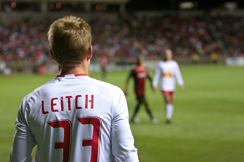 NYRB 33 Leitch