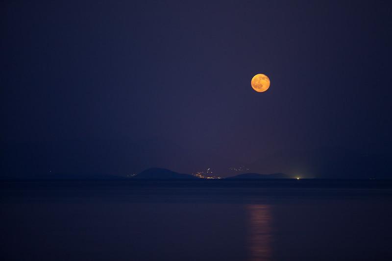 August moonrise in Corfu.jpg