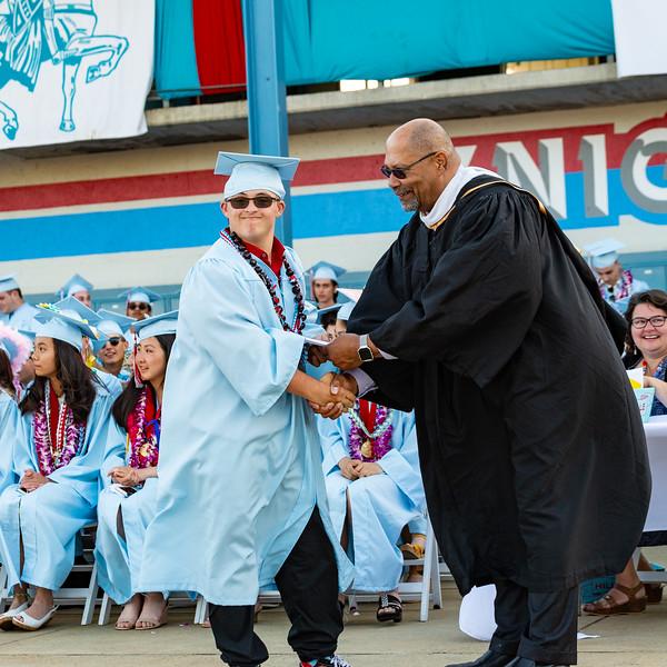 Hillsdale Graduation 2019-10461.jpg