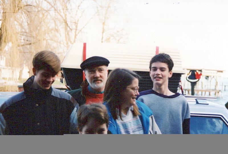 Max, Ken, AJ, John, Elaine 1995.jpeg