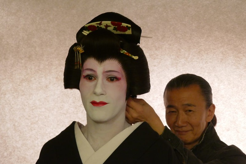 Seb geisha wig fitting.JPG