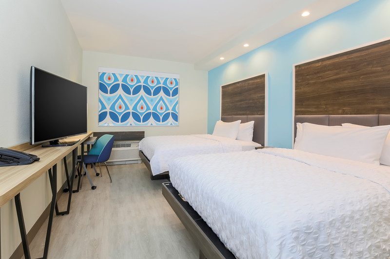 18 - Double Room.jpg