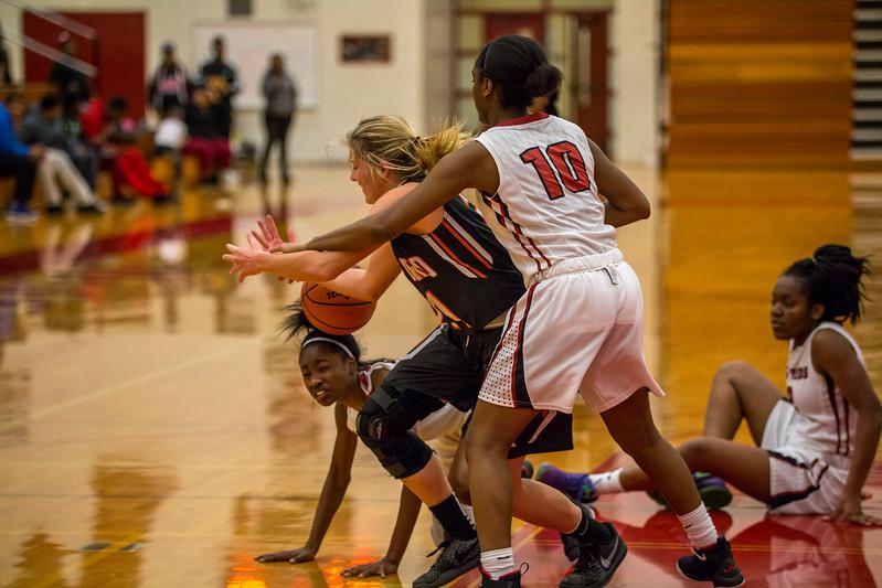 Rockford JV Basketball vs Muskegon 12.7.17-213.jpg