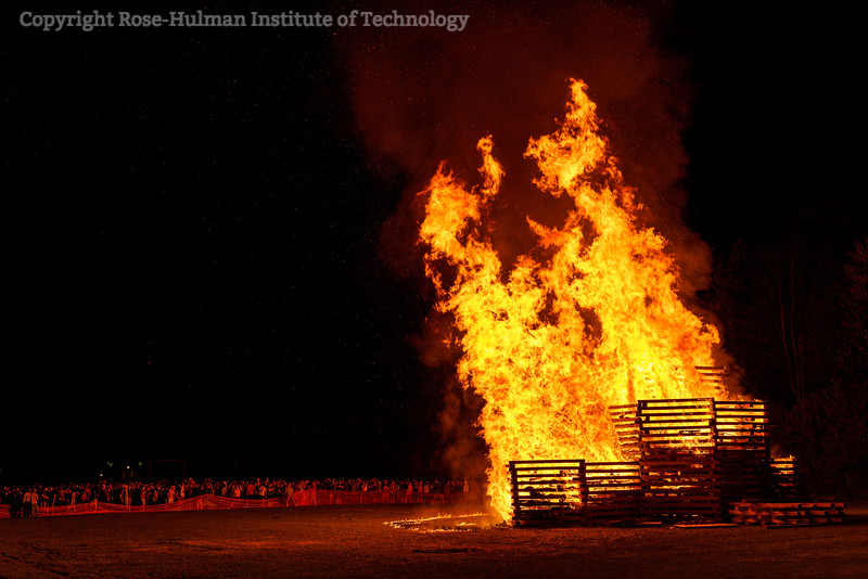 RHIT_Homecoming_2019_Bonfire-7428.jpg