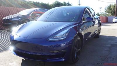 Tesla Model 3 - Deep Blue Metallic (3)