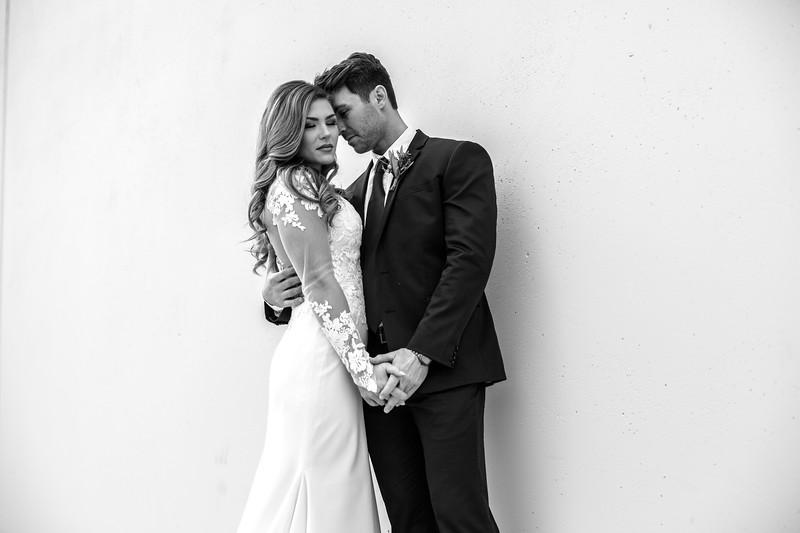 Kate&Josh_B&W_ZACH.WATHEN.PHOTOGRAPHER-242.jpg