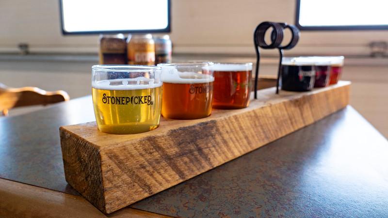Ontario-Grand-Bend-Stonepicker-Brewing-Company-02.jpg