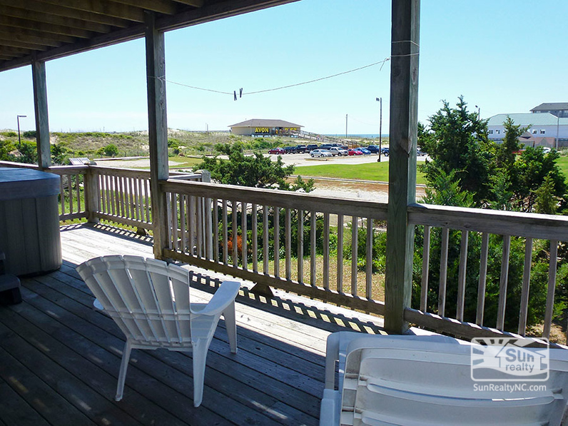 Entry-Level Deck with Ocean and Pier Views