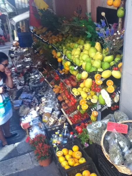 20110812-Ginka-Sicily-20110812--IMG_1213--0144.jpg