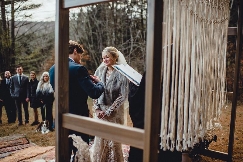 Requiem Images - Luxury Boho Winter Mountain Intimate Wedding - Seven Springs - Laurel Highlands - Blake Holly -1020.jpg