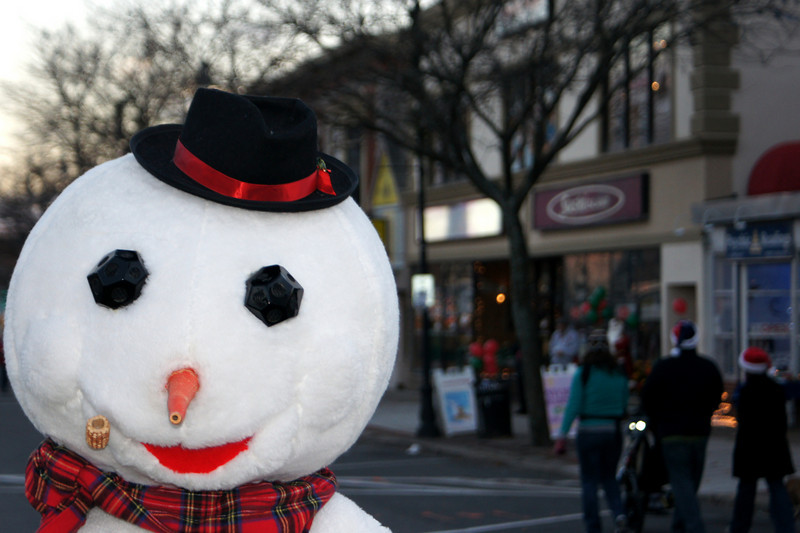 Snowman in the City: