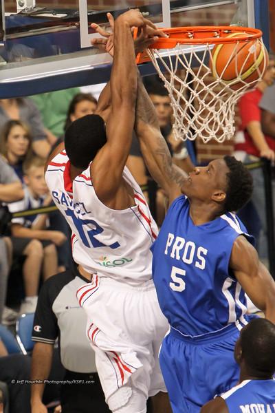 Pros vs Dominicans