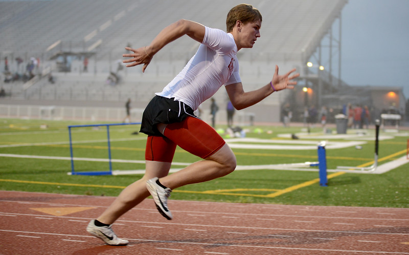HS-Track-13-6A-District-Championships_030.jpg