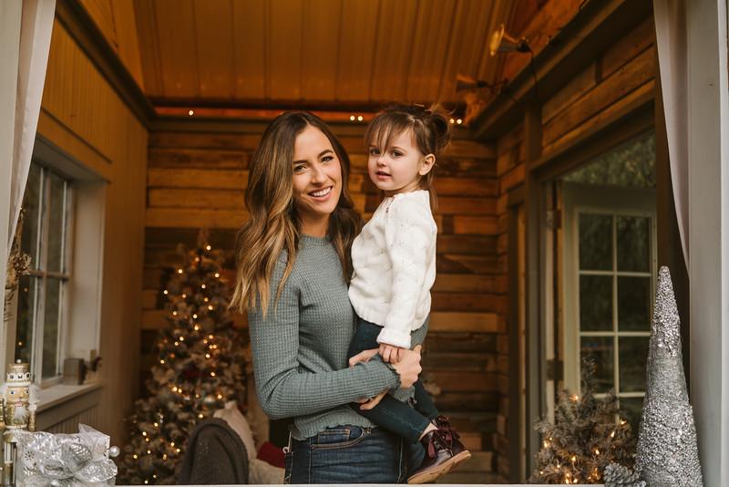 Heltsley Christmas Mini Session 2018-17.jpg