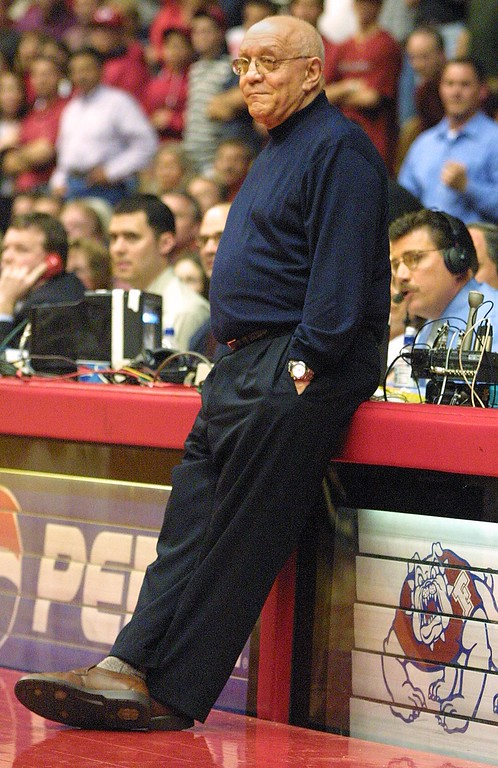 . Fresno State coach Jerry Tarkanian watches late in the second half of his team\'s 82-79 loss to Hawaii on Saturday, March 2, 2002, in Fresno, Calif. Hawaii won 82-79. (AP Photo/Gary Kazanjian)
